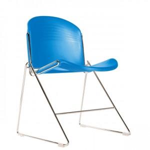 Chaise Polyvalente Design Tout PPP Empilable Sur Pitement Chrom Ou Alu En Triangle