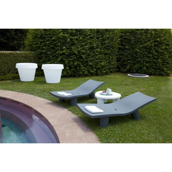 Chaise Longue FUN Design Pour EXTERIEUR OU INTERIEUR En Polyethylene Couleur