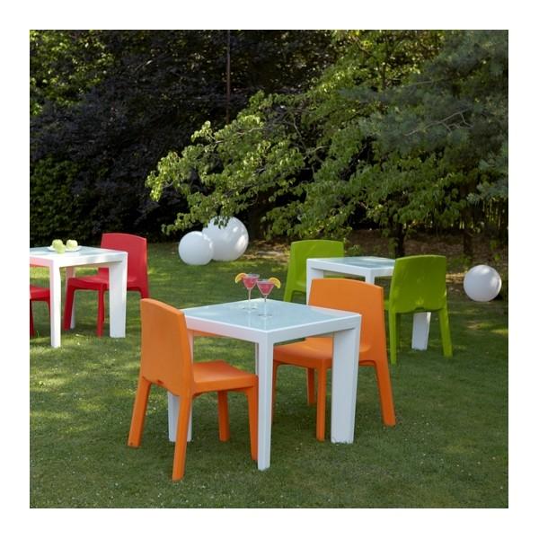 Chaise 4 pieds empilable pour interieur ou exterieur for Table exterieur orange
