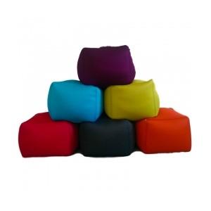 "Pouf 'cube"" moelleux indoor / outdoor en MESH, 12 couleurs"